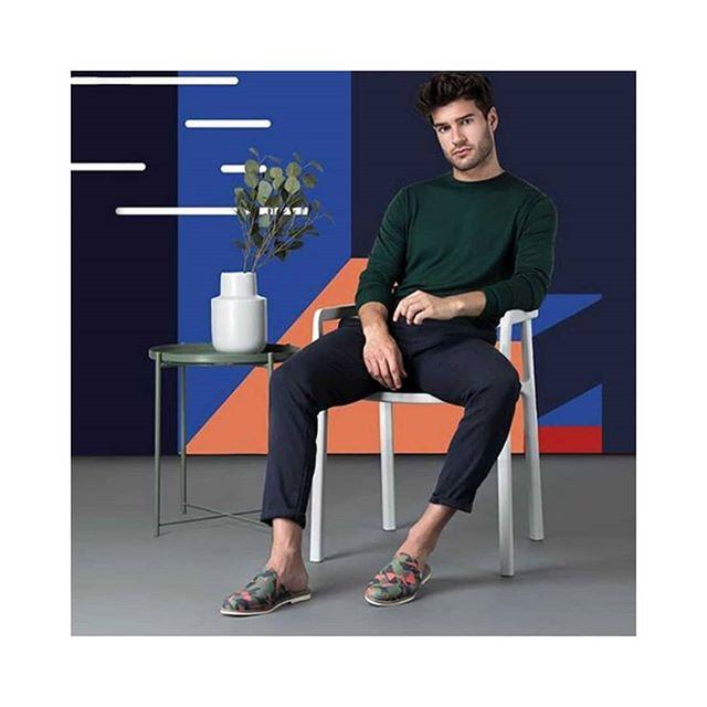 Motif Akagii sur les superbes chaussures d'intérieur @bokit_shoes  #shoes #manshoes #manstyle #chaussons #pantoufles #mules #muleshoes #newcollaboration